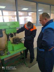 Закончились занятия по учебной практике (слесарные работы) по профессии 23.01.17 Мастер по ремонту и обслуживанию автомобилей